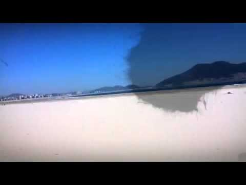 A sunny beach day in Laredo (SPAIN)