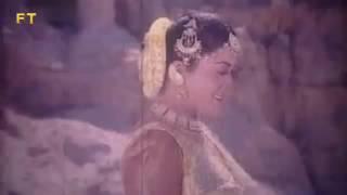 Mone Mone Laglo Tokkor By Omor Sani & Oruna Biswas Film Chorom Aghat Singer Kumar Shanu & Kobita