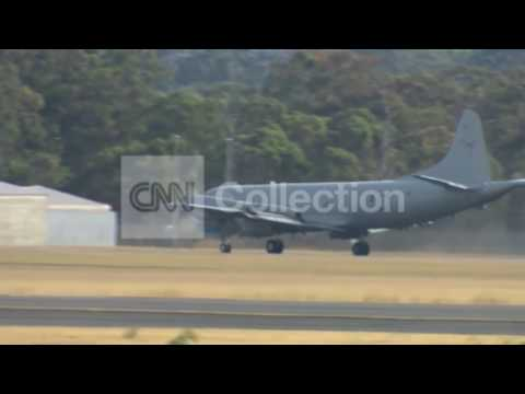 MALAYSIA AIRLINES:FIRST AUSTRALIAN PLANE RETURNS