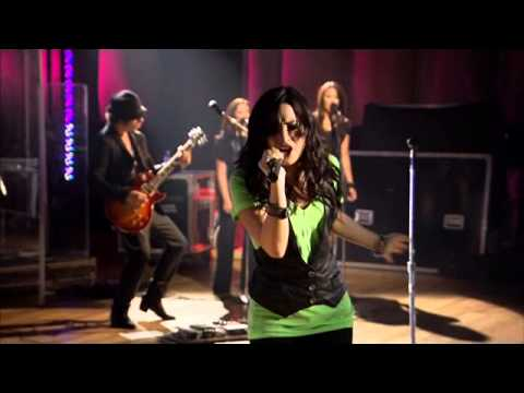 Demi Lovato - Here We Go Again (Live Walmart Soundcheck 2009) [3/6]