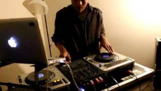 DJ MISTA TRIXX getting ready for madnesscrew/live