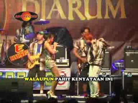 Tari Yushinta - Air Mata Dihari Persandingan (Official Music Videos)