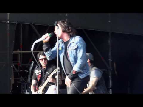 Sleeping With Sirens - If You Can't Hang Live Budapest Park 2017
