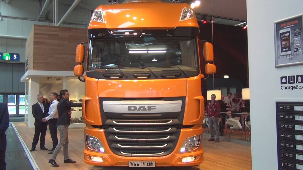 Truck Cab Inside >> DAF XF 460 FT Low Deck Tractor Truck (2017) Exterior and Interior in 3D - YouTube