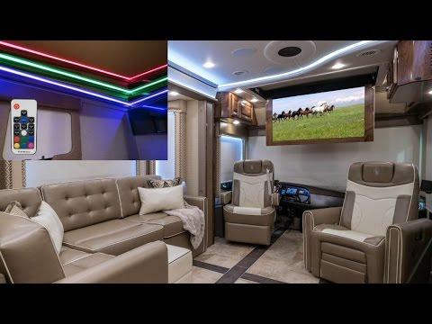 NEW! 2 FULL BATH / BUNK Model Luxury Coach. Realm FS6 from MHSRV.com
