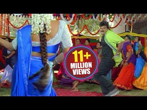 Bavagaru Baagunnara Movie Songs - Aunty kuthura  - Chiranjeevi Ramba
