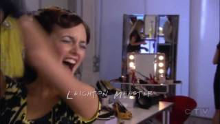 Gossip Girl Opening Credits - Friends Style