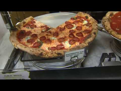 How to make a New York-style pizza