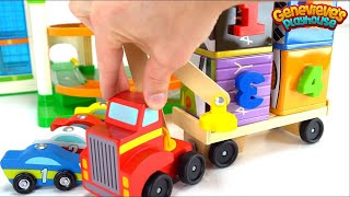 Let's Play with a Fun Magnet Lifting Truck and Toy Cars!