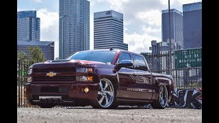 Gambar cover Candy Apple Red Silverado on 26 MTW Billets!!!