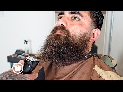 Cleaning Up an Untrimmed Beard & Taper Fade Haircut | Beardbrand Studio