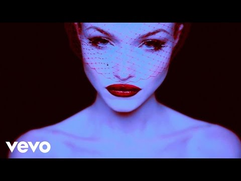 Ivy Levan - The Dame Says (Lyric Video)