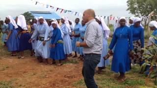 In Tanzania con Allegria con le suore la tristezza va via....
