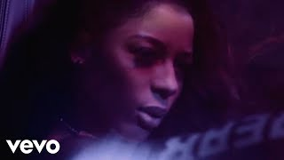 Смотреть клип Victoria Monet - Freak (Official Music Video)