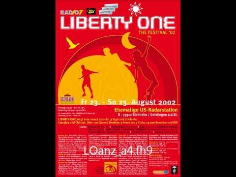 Adam Beyer vs Cari Lekebusch - Live @ Liberty One - 23-08-2002