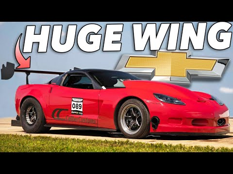 This Corvettes wing is freaking HUGE..but it WORKS!