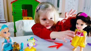 Куколка Белль. Алина играет с принцессами дисней. Disney Princess Petite Belle and Chip