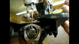 Швейная машинка  -  как она работает !(Все свои видео вылаживаю на сайте: http://jesterblog.netau.net/, 2015-02-20T18:59:36.000Z)