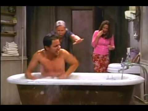 Everybody Loves Raymond - Ray in the bath tub - Legendado em Português (BR)