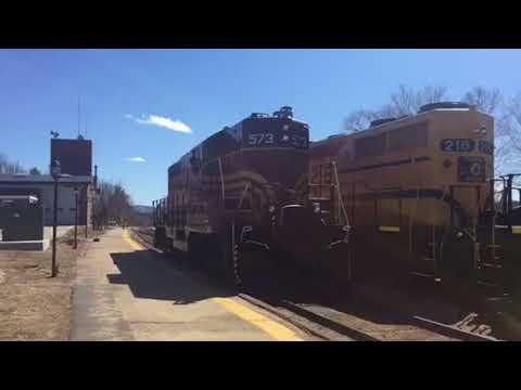 Some Pre season Conway scenic railroad action ft. Gp7 #573