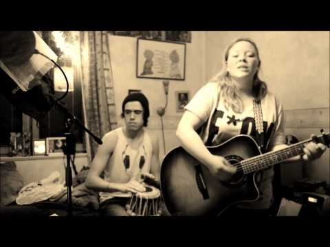 Rolling In The Deep - Adele (Amanda & Martin Live Cover)
