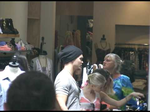 Chad Michael Murray and Kenzie Dalton shopping at Robertson  072509  PapaBrazzi Report