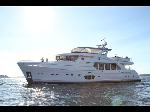 "92' Selene Ocean Explorer 2016 ""Watta Ryde"" YACHT FOR SALE"