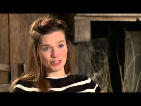 The American Thekla Reuten On Working With George Clooney Intervista USA