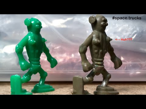 """lido-toys-""""captain-video""""-50mm-alien-figure,-flexible-marbled-vinyl,-and-...-is-this-a-female??-huh."""