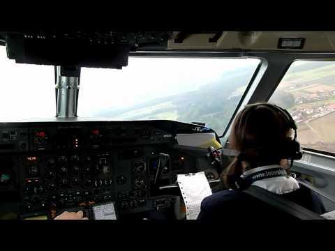 InterSky Dash8-300 Low-Pass Und Anflug Auf Friedrichshafen / Rundflug