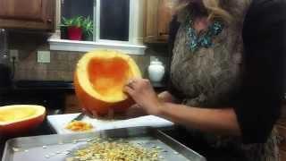 DIY Pumpkin Seeds - so easy & yummy!