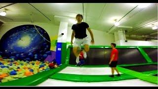 Прыжки на батуте Trampoline Tricks!