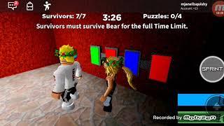 PRO SQUAD ❤️Scary bear hunting me!! l ROBLOX l mjanellsquishy, Kyla034 & mletfans