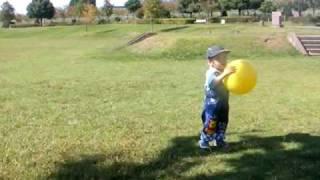 Download Video 2005年10月1日、0:00:00 MP3 3GP MP4