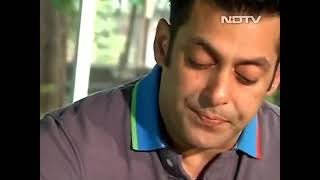 Salman khan having food on ndtv show