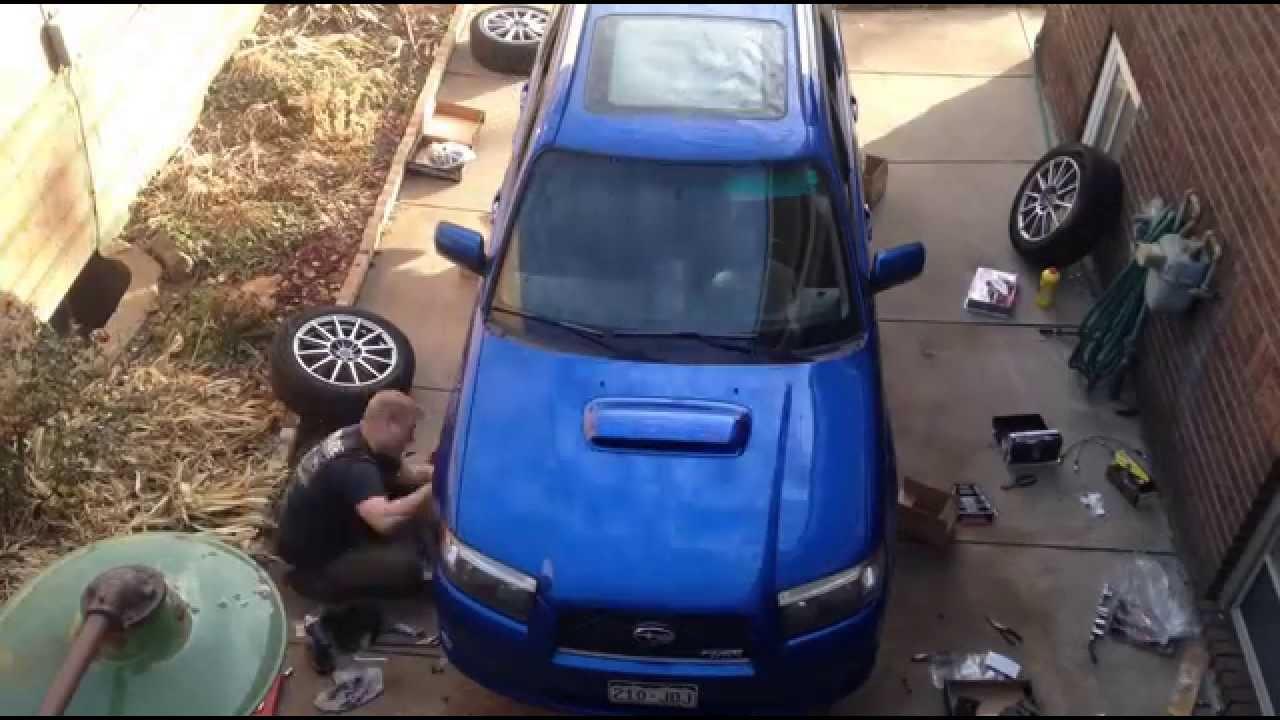 Subaru 4 pot brake rebuild || Sendy Krab tutorials - YouTube
