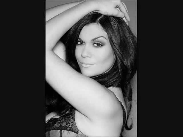 Nikki Kavanagh Video 38