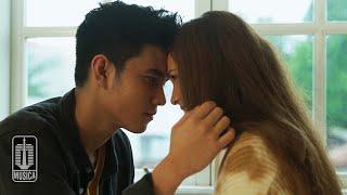 Difki Khalif - Ilusi Setelah Kau Pergi (Official Music Video)