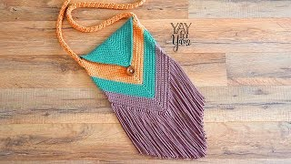 How to Make a Fringed Chevron Purse - FREE Crochet Pattern | Yay For Yarn