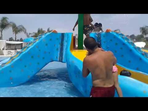 Ryan et Rima à Rokia Aqua Park, Rabat part 2