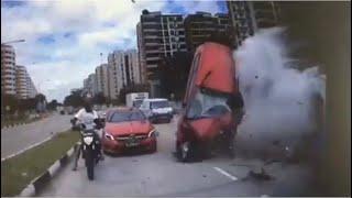 25Jun2020 Pasir Ris Drive 8 Junction Accident Involving 6 Cars