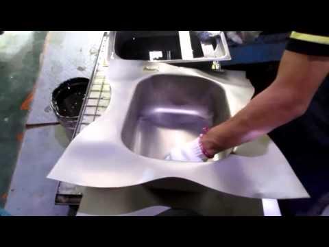 China Import, China Quality Control: Kitchen Sinks / Production 2