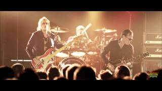 "Black Country Communion - ""Crossfire"" - Live Over Europe"
