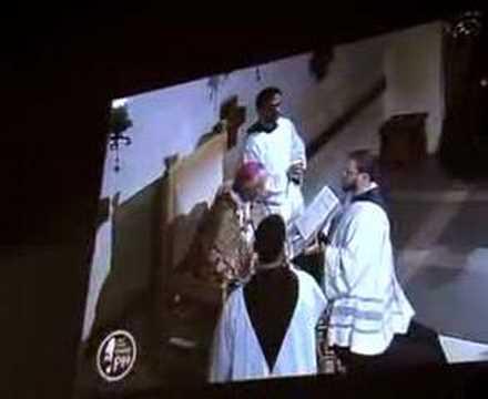 Veja o corpo de São Padre Pio
