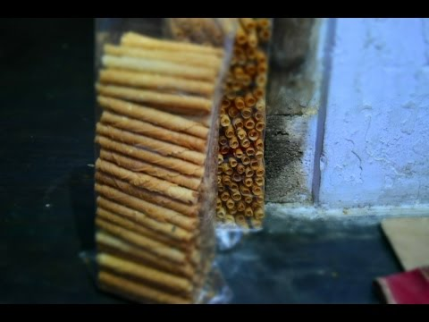 Kue Rokok Opak Gulung Khas Banyuwangi Wirokok Rasa Wijen Youtube