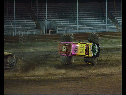 Rockstar awesome freestyle(winner)@ Monster truck Insanity Tour 2015