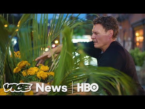 This Florist Secretly Plants Flower Arrangements Around NYC (HBO)