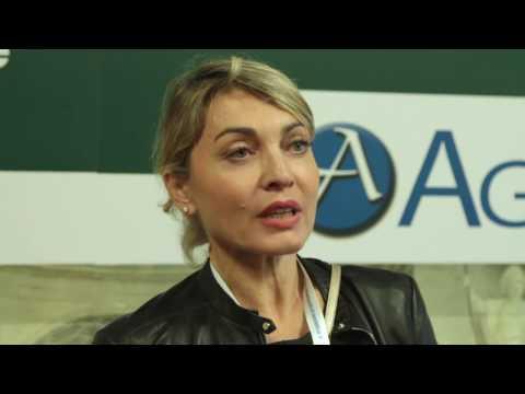 INTERVISTA A MONICA RENGA -  18° CONGRESSO INTERNAZIONALE DI MEDICINA ESTETICA - AGORA'