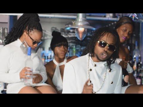 Dertee - Party Ft. DezMensa [Music Video] | RatedMusic