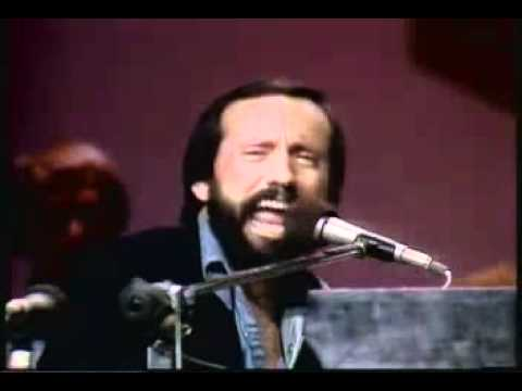Ray Stevens - I Need Your Help Barry Manilow